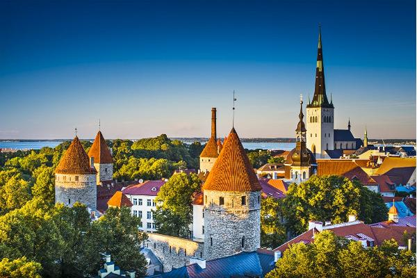 Pastaiga ģimenēm Tallinā un marcipāna darbnīca