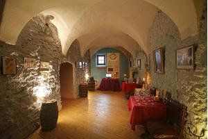 Tallinn Private Old Town Walking Tour & Estonian Wine Tasting at Historic Winery