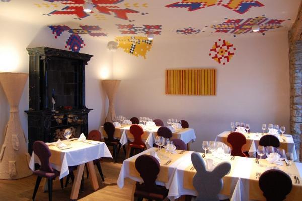Vanalinna ekskursioon koos rikkaliku rahvusliku õhtusöögiga