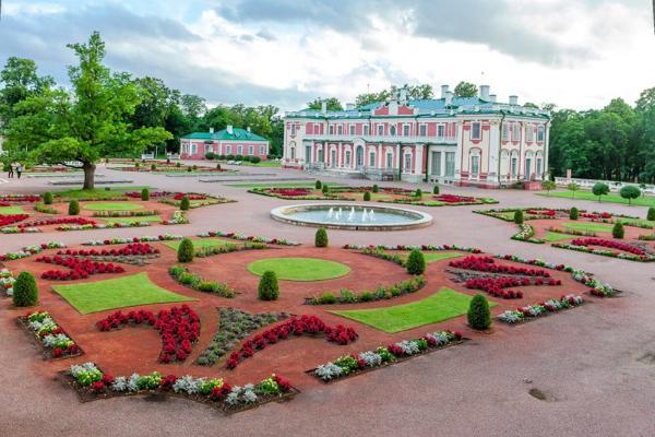 Giidiga jalutuskäik Tallinna vanalinnas ja Kadriorg-Pirita ringsõit