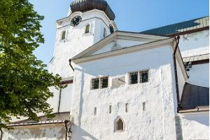 Guided on foot tour in Tallinn Old Town
