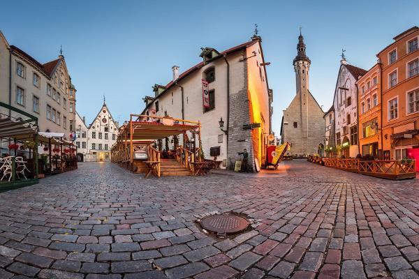 Jalgsiekskursioon läbi keskaegse Tallinna