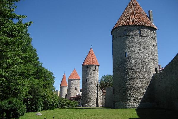 Tallinna vanalinna ekskursioon & šokolaadikommide valmistamise töötuba