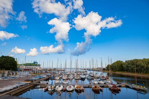 Päevareis Helsingist jalutuskäiguga Tallinna vanalinnas ja Kadriorg-Pirita ringsõit