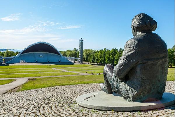 Stadstur i Tallinn med ett besök till synagoga