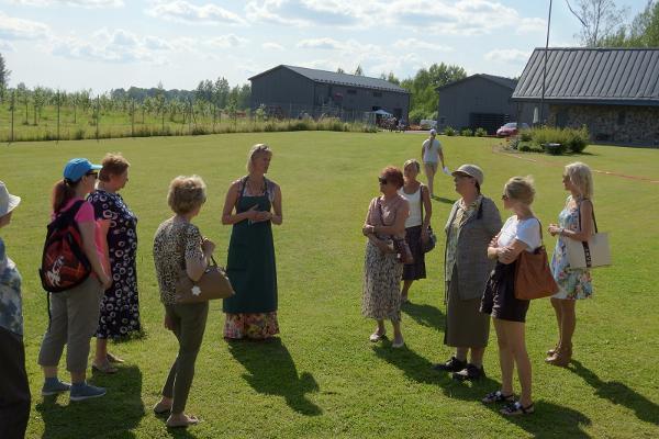 Посещение хутора яблочных продуктов Пиэста Куусикару