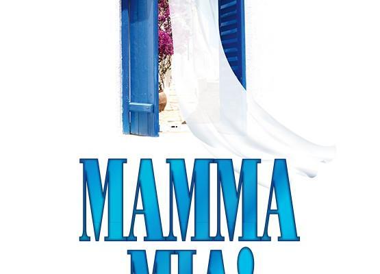 """Kaksinäytöksinen musikaali """"Mamma Mia!"""""""