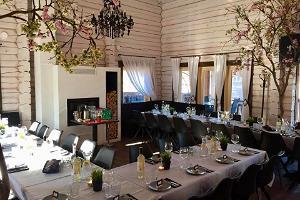 HollyFood Restaurant