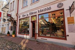 """""""Ehe ja Ehtne käsitöö"""" veikals Pērnavā"""