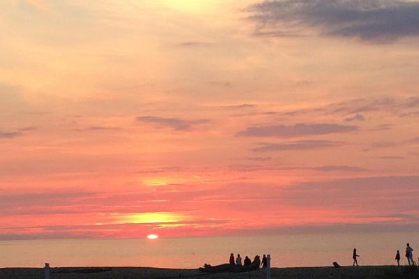 Toila rand päikeseloojangu ajal