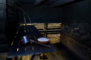 Bastubadande i den traditionella Gamla-Võromaa rökbastu i Mooska