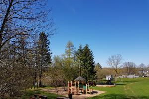 Laste mänguväljak Sinimägede jalamil