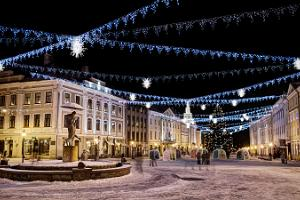 Jüri von Kaufmann's adventure also in Tartu! Town Hall Square in winter