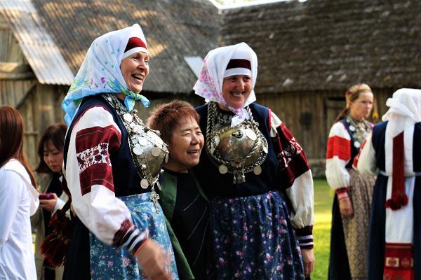 Guests having fun in setomaa seto leelo