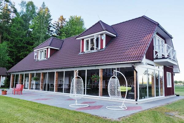 Klaara-Mannin loma- ja seminaarikeskus, lasipaviljonki