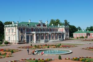 Guided tour of Tallinn Old Town and Kadriorg