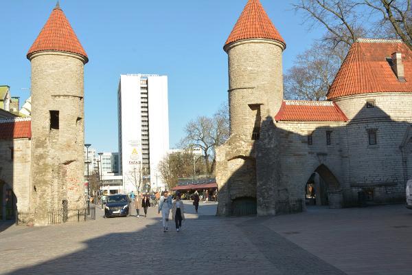 Elamuslik jalutuskäik vanalinnas - Viru väravad