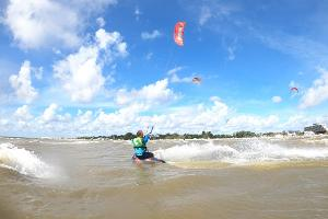 Aloha 3-hour kitesurfing course in Pärnu