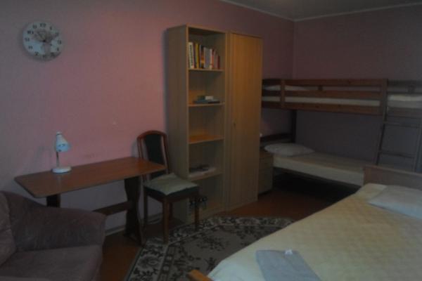 Rogosi külaliskorteri narivoodiga magamistuba, guest apartment bunkbedroom