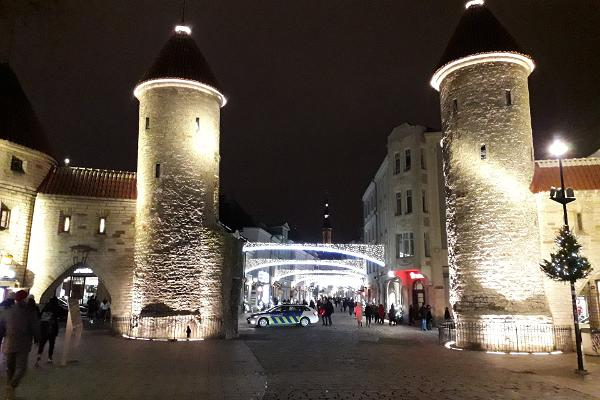 Õhtune jalutuskäik müstilises Tallinna Vanalinnas. Kestus: 2h