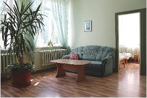 Family Suite - living room sitting area, Hostel Lõuna