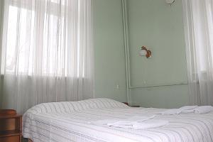Family Suite - double bed bedroom, Hostel Lõuna
