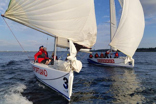 Zuxu Sailing