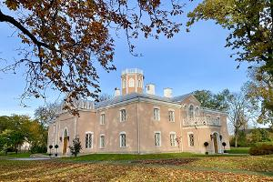 Keila-Joan linnan Schloss Fall seminaaritila