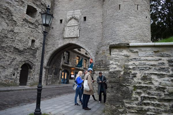 Learn Russian in Tallinn and learn about the Russian heritage here and in the immediate vicinity