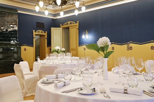 Villa Ammend events hall - banquet set up