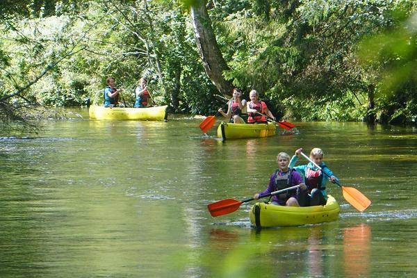 Kanutour auf dem Fluss Amme