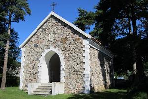 Käsmu Dellingshauseni raudkivist matusekabel