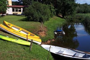 Boat and canoe rental at Jõesuu Home Accommodation