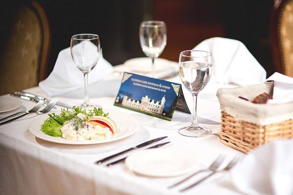 Alatskivi lossi konverentsi- ja seminariruumid, restoran