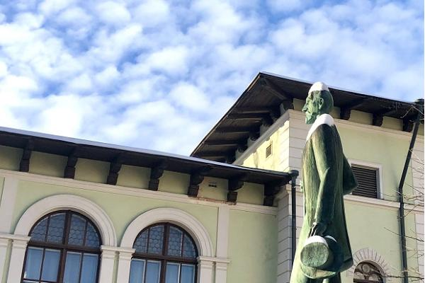Памятник Яану Тыниссону