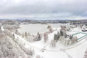 Kääriku järv ja spordikeskus talvel