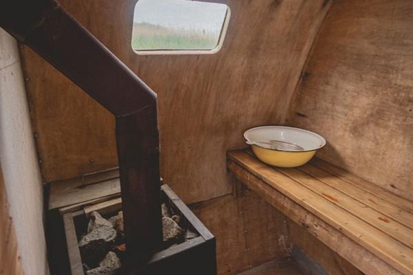 Erlebnisübernachtung im Saunaboot auf dem Peipussee –die Sauna der MesiSpa