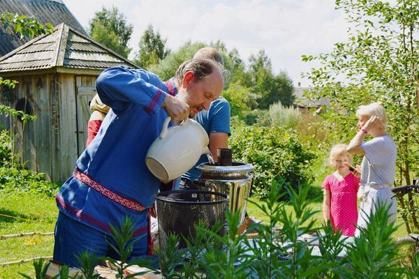 Sütesamovari veega täitmine