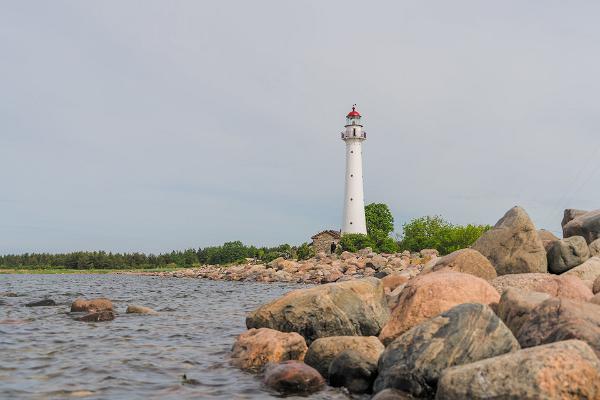 Kihnu lighthouse