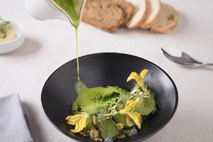Im Geschäfts- und Freizeitzentrum Kvartal liegt das Restaurant Joyce, das unvergleichliche Geschmackserlebnisse anbietet.