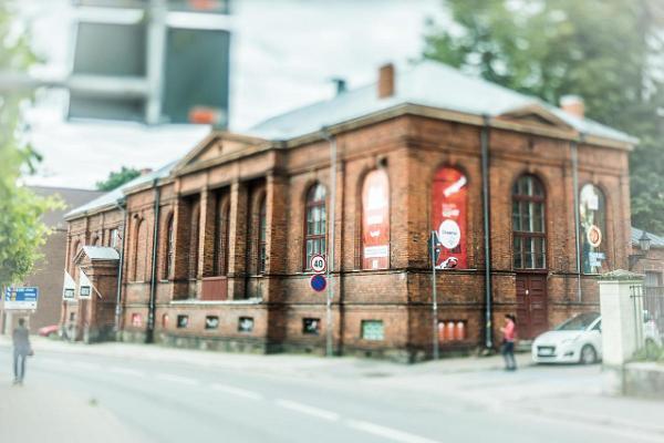 Tartu New Theatre on the corner of Lai and Magasini tänav