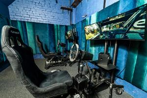 Sporta bāra Lucky Loore rallija simulators