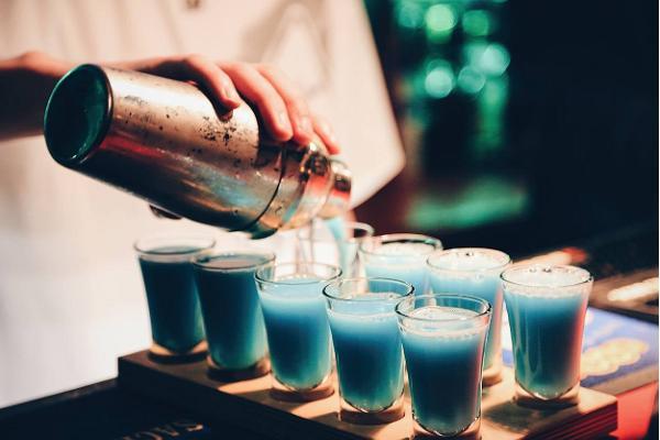 Bar Trepp and shots