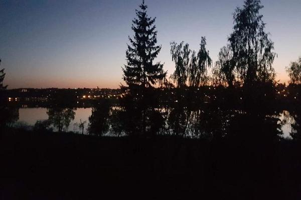 Viljandi siluett suveööl