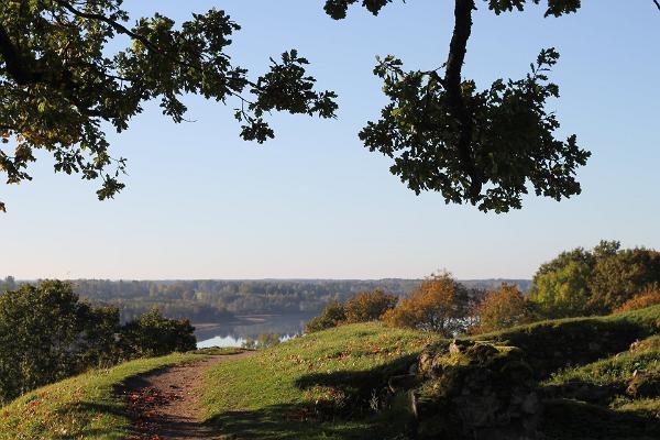 Viljandi lossimäed, ilus loodus, rada