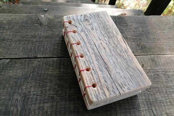 Puukaantega raamatu õpituba Soomaal