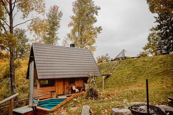 Mäe-Kolga gård