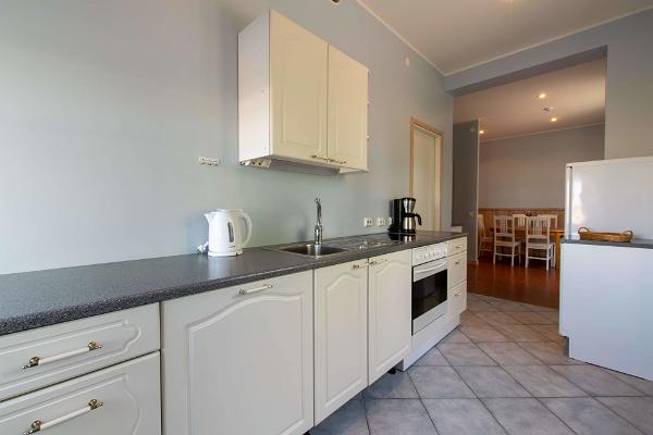 Villa Kuus Sõlme, kitchen