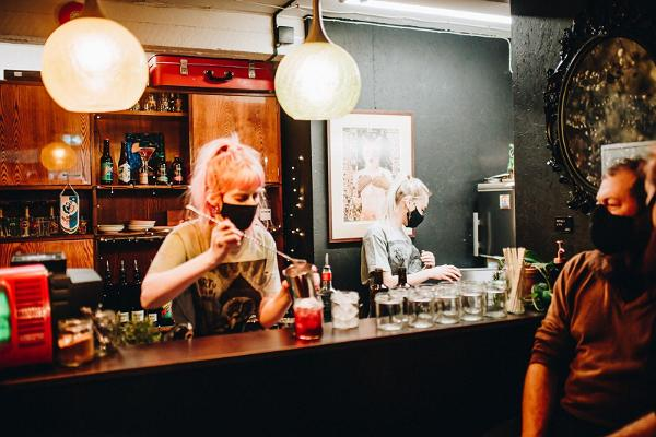 tARTu shop, cocktail bar NAPP