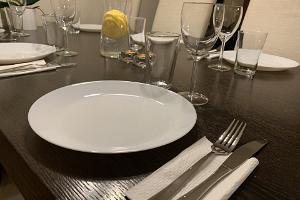 Loma-asunto Ilmarisen katettu pöytä